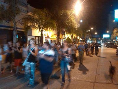 Cañada de Gómez. Marcha de vecinos autoconvocados.