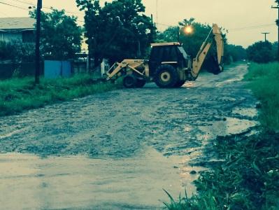 Cañada de Gómez. El Municipio intensifica trabajos de zanjeo.