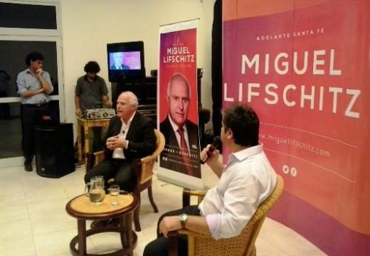 Charla abierta del Ing. Miguel Lifschitz en Las Rosas.