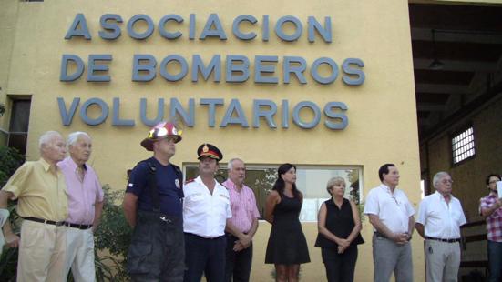 Cañada de Gómez. Juraron cuatro nuevos bomberos con presencia de la intententa.