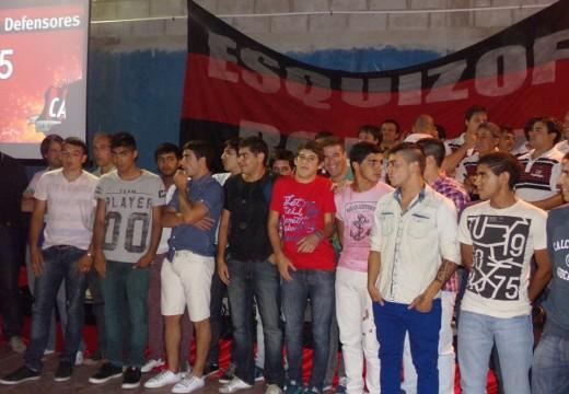 Gran convocatoria en cena de presentación de plantel 2015 del Club Atlético Defensores.