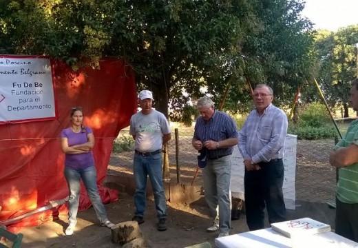 Capacitación y asistencia a productores porcinos y apícolas del Departamento Belgrano.