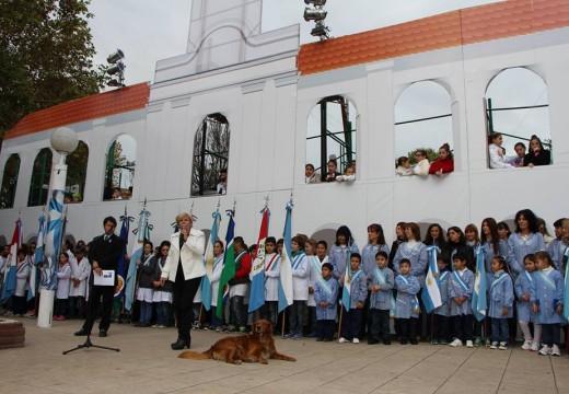 Cañada de Gómez. Clérici encabezó el acto del 25 de mayo.
