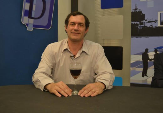 Pablo Verdecchia, el candidato a senador marca terreno.