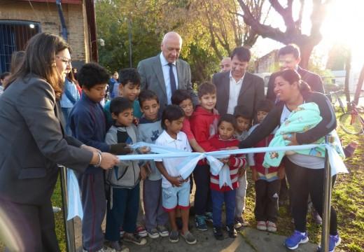 Bonfatti inauguró en Correa un Centro de Cuidado Infantil.