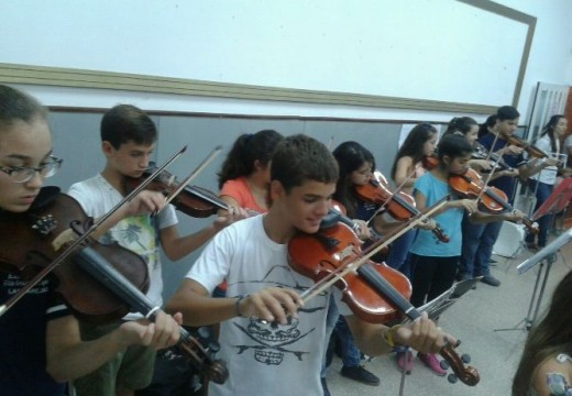 Las Parejas. La Orquesta Sinfónica Municipal, herramienta cultural y social viene creciendo.