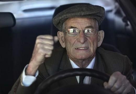 Armstrong. El 30 de junio no se efectuarán licencias para conducir.