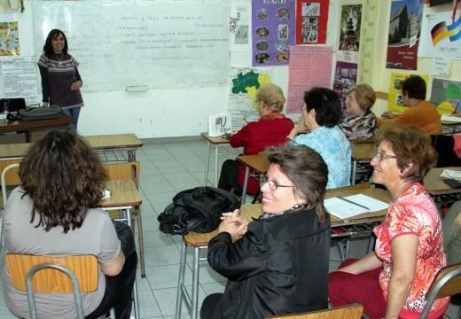 Abierta la inscripción a cursos de la UNR para adultos mayores en Cañada.