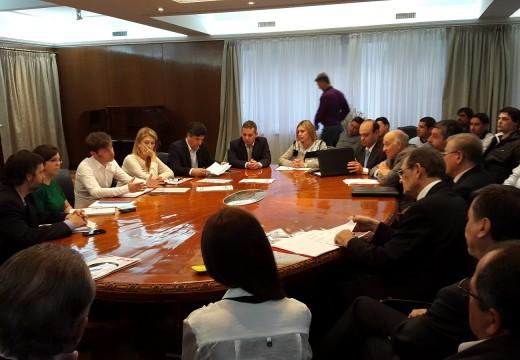 Diego Mansilla estuvo reunido con los ministros de Economía, Axel Kicillof, y de Industria, Débora Giorgi.
