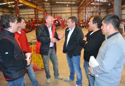 Diego Mansilla estuvo visitando la empresa Achilli & Di Batistta.