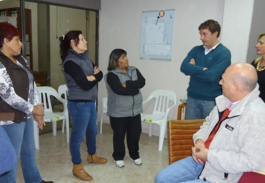Reclamo de vecinos del FONAVI Sur en el Concejo Municipal.