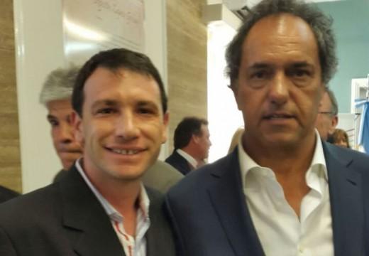 Leonardo Rostagno participo de un acto con los candidatos de la formula Scioli-Zannini.