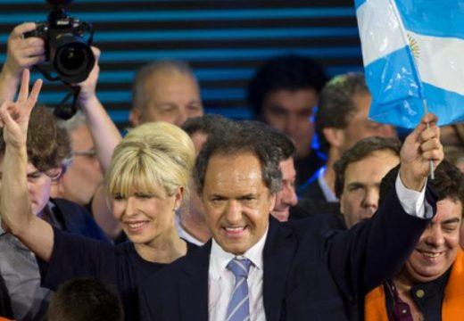 Scioli extiende la ventaja y supera por 8 puntos al frente liderado por Macri.