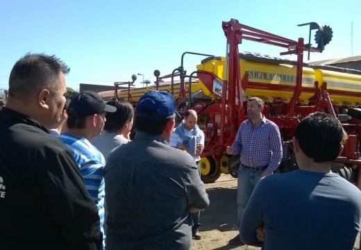 Las Parejas. Se desarrolla con éxito el curso de Prácticas con maquinaria agrícola.