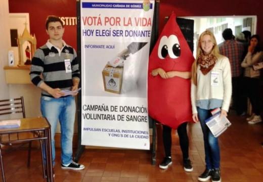 Cañada de Gómez. Municipio e instituciones movilizaron a unos 100 voluntarios por la donación de sangre.