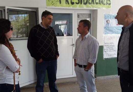 Mansilla participó en la entrega complementaria de Netbooks en la Esc. Técnica.