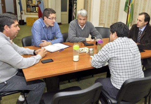 Rasetto tratando temas trascendentes para Cañada de Gómez.