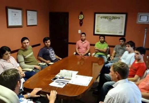 Diego Mansilla se reunió con emprendedores beneficiados por el Capital Semilla.