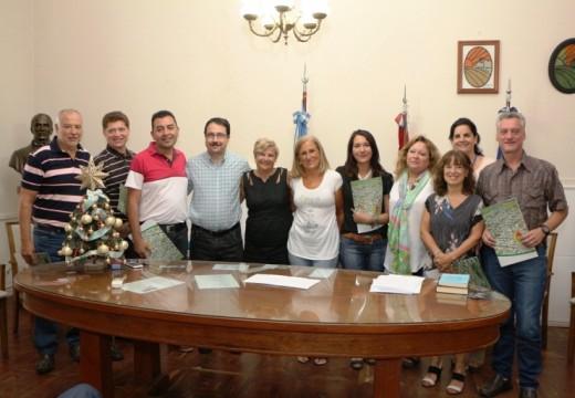 La intendenta Clerici tomó juramento a su equipo de gobierno.