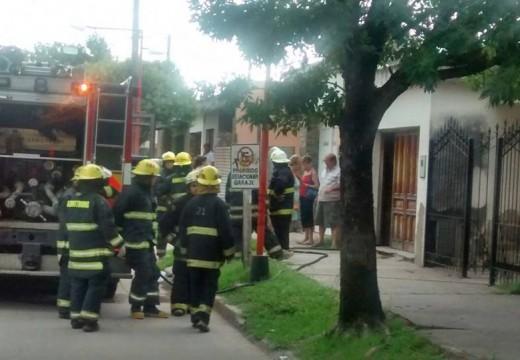 Armstrong. Principio de incendio en una vivienda de calle Fischer 473.