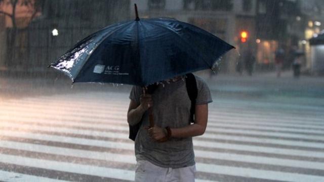 Lluvia intensa en la región, en medio de una renovada alerta.