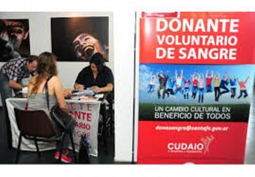 Las Parejas. Feria del Libro y Campaña de donación de médula ósea.