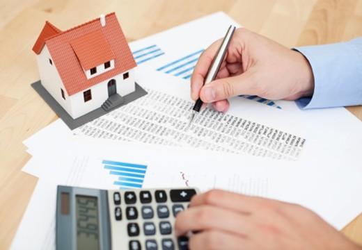 Alquiler, impuestos y servicios ya representan el 70 % del gasto familiar.