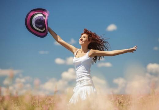 Rotary Club Armstrong continua con la Campaña por el mes de la mujer.