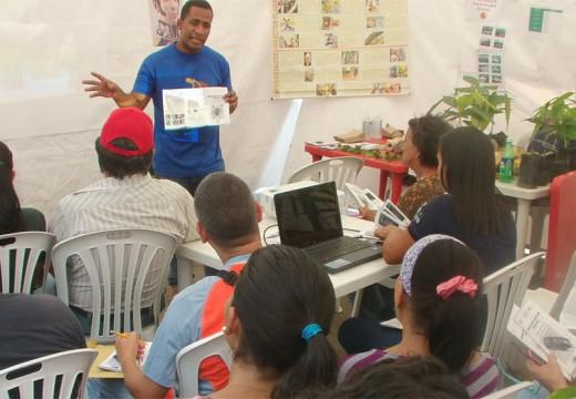 Fundación Cideter y Centro Comercial de Armstrong dictan curso sobre Sistema de Producción.