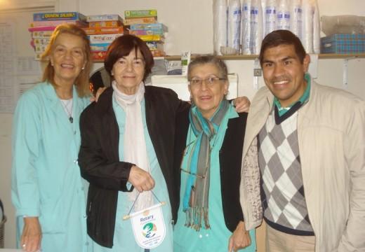 Rotary Armstrong entregó donaciones al Hospital Vilela.