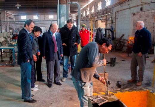 Rasetto y el ministro de la Producción visitaron Vitrofin.