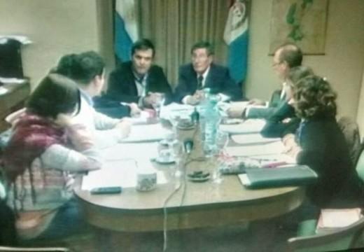 Las Rosas. El corte de transmisión de la sesión del Concejo Municipal generó interrogantes.