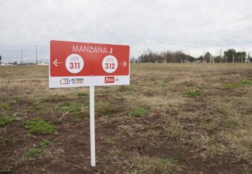 Proponen una ley de suelo para resolver problemas habitacionales en Santa Fe.