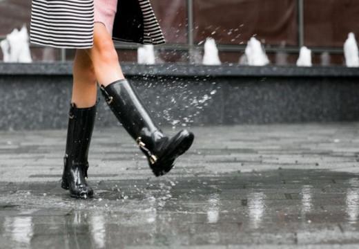 Las lluvias continuarán durante todo el lunes.