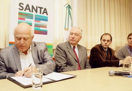 La Pcia. de Santa Fe invierte 68 millones para repavimentar 24 km de la Ruta 91.