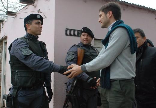 La  Provincia detuvo a 12  personas en 18 allanamientos por droga  en Rosario y región.