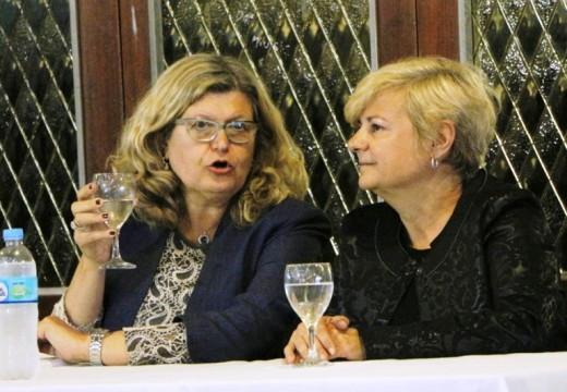 Clérici acompaño a la Ministra Balague en el Foro Regional de participación ciudadana.