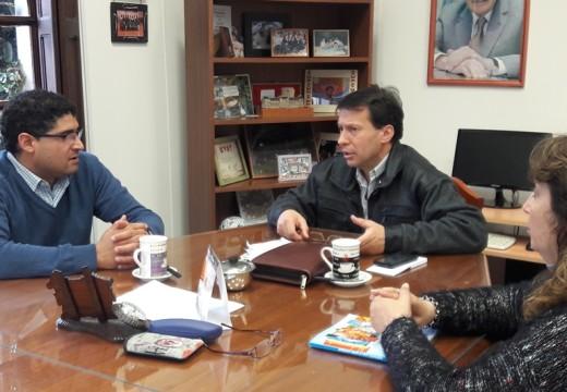 Cada vez más cerca la posibilidad de que Correa pueda emitir licencias de conducir.