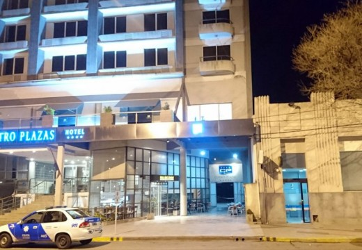 Joven grave tras caer del balcón del Hotel Cuatro Plazas de Casilda.