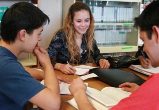 La Comuna de Correa abrió la inscripción al programa de Becas Estudiantiles 2019.