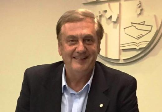 """Augusto Fischer: """"Tenemos malos recuerdos de algunas compras que ha realizado el municipio""""."""