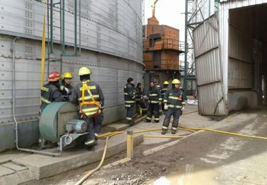 Ardió un silo con soja en la planta de A.F.A.