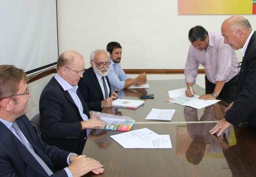 El Ministerio de la Producción entregó un aporte para fortalecer el turismo en localidades santafesinas