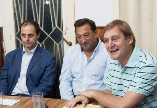 Rasetto y Cornaglia entregaron aportes en conjunto para la Liga Cañadense de Futbol.