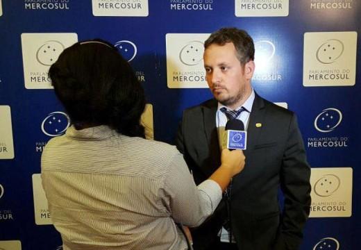 Diego Mansilla preside la Comisión de Asuntos Económicos del Parlamento del Mercosur.