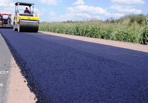 Avanza la repavimentación de la Ruta Provincial Nº 65 que une San Genaro con Las Rosas.