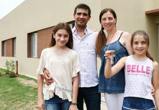 Finaliza este viernes la inscripción para los sorteos de viviendas en Arequito, Amenábar y Armstrong