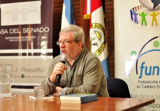 Cañada de Gómez. Sergio Levinsky en la Casa del Senado.