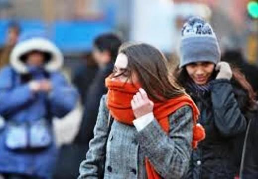 Amaneció Frío: Estación Invierno.