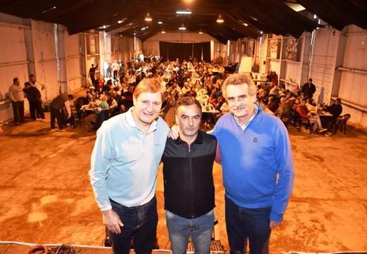 Rossi junto al Senador Cornaglia y Pte. Comunal Viozzi.